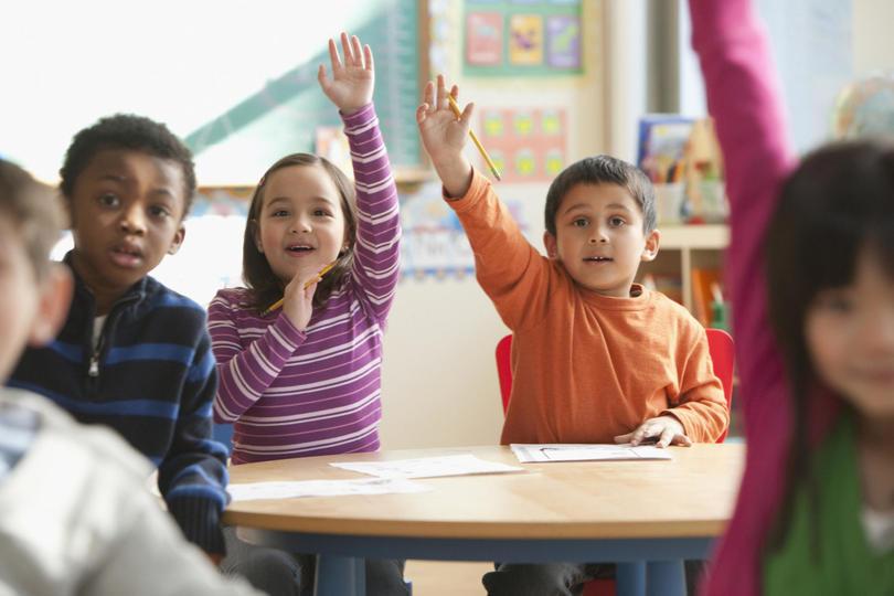 როგორ მოვამზადოთ ბავშვი სკოლაში წასასვლელად? – სახელმძღვანელო პირვეკლასელთა მშობლებისთვის