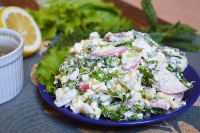 ხაჭოს სალათი ბოლოკითა და კიტრით