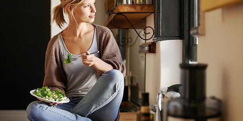 ძალიან მარტივია – 8 კვებითი ჩვევა, რომლებიც დაგეხმარებათ წონაში ერთ კვირაში დაიკლოთ