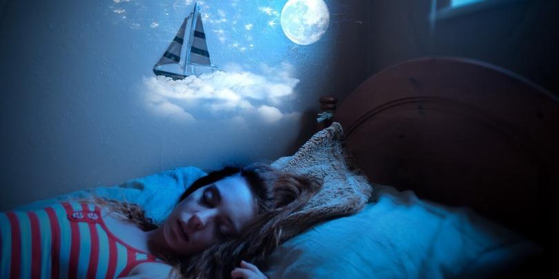 სიზმრების ახსნა ფსიქოლოგების მიერ – რას ნიშნავს ძილში ვარდნა, კბილის დაკარგვა, ორსულობა…