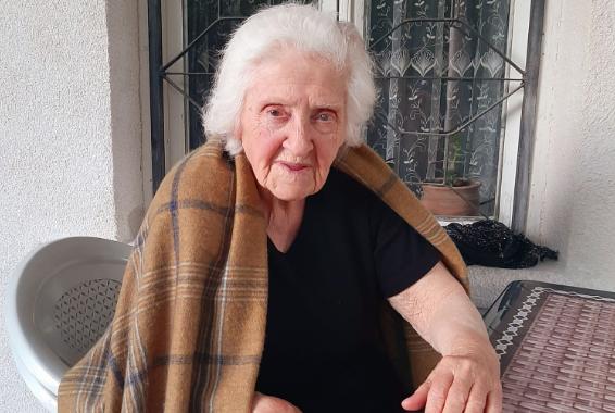 92 წლის ასაკშიც კი მზად ვარ ავადმყოფებს დავეხმარო! – ქართველი ექიმი, რომელმაც 300 ქალი ამშობიარა