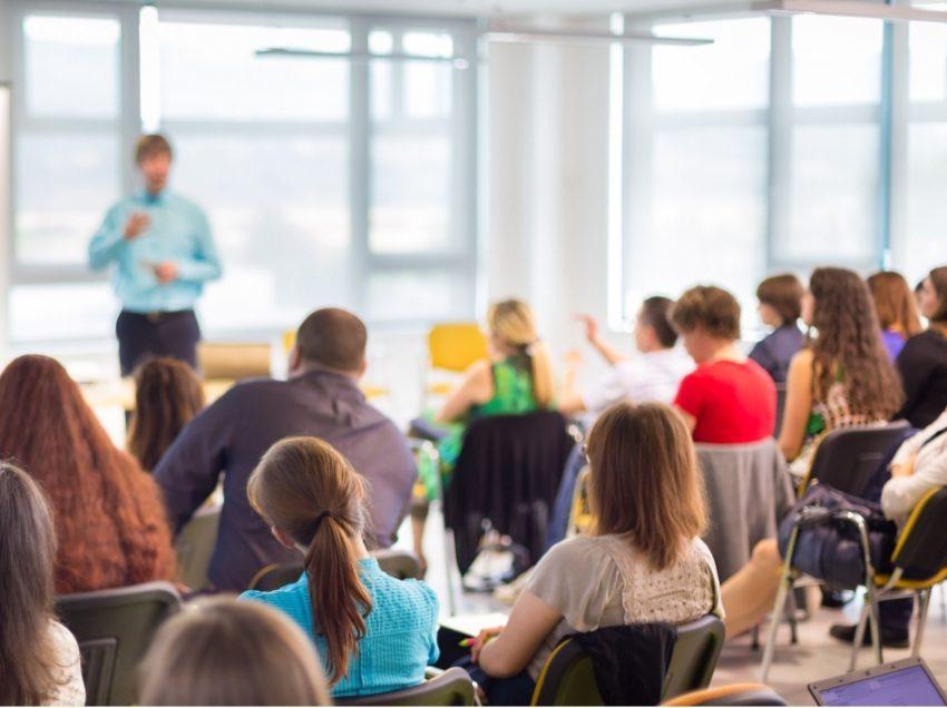 დაუშვებელია მშობელთა კრებაზე ბავშვის მოხსენიება დადებით, ან უარყოფით კონტექსტში – სახელმწიფო ინსპექტორი