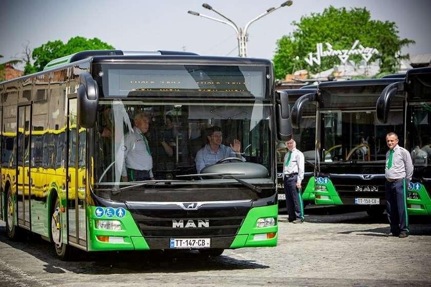 კახა კალაძე: 1-ლი აპრილიდან საზოგადოებრივი ტრანსპორტის ინტეგრირებული სისტემა ახალ მიკროავტობუსებშიც ამოქმედდება