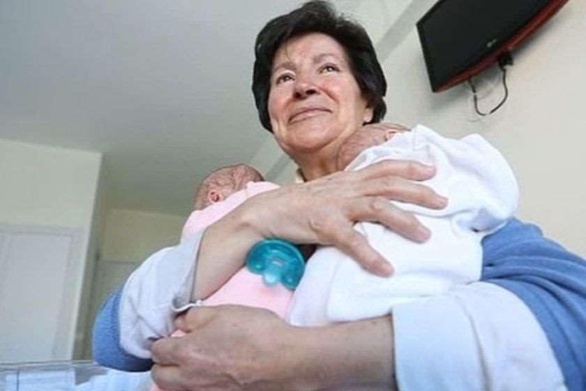ესპანეთში ქალს 64 წლის ასაკში გაჩენილი შვილები ჩამოართვეს