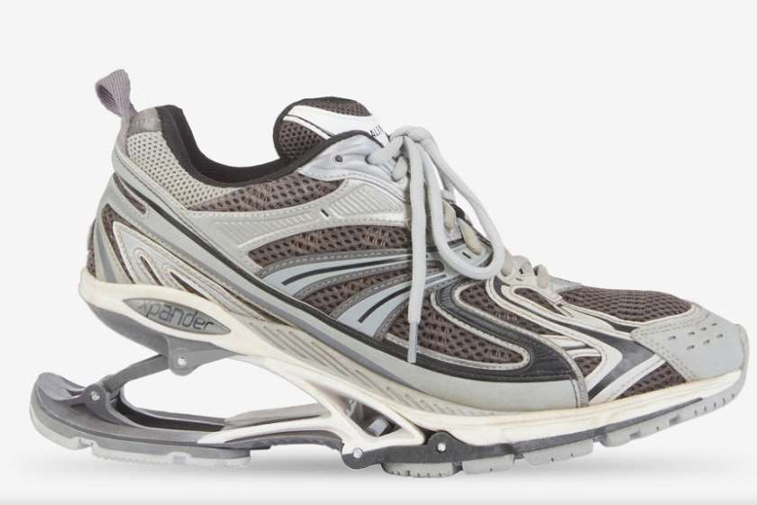 დემნა გვასალიას მიერ შექმნილი ფეხსაცმელი 1250 დოლარად იყიდება