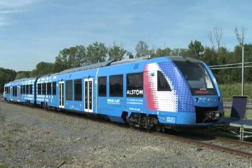 საფრანგეთში წყალბადზე მომუშავე მატარებელი პირველად გამოჩნდა.