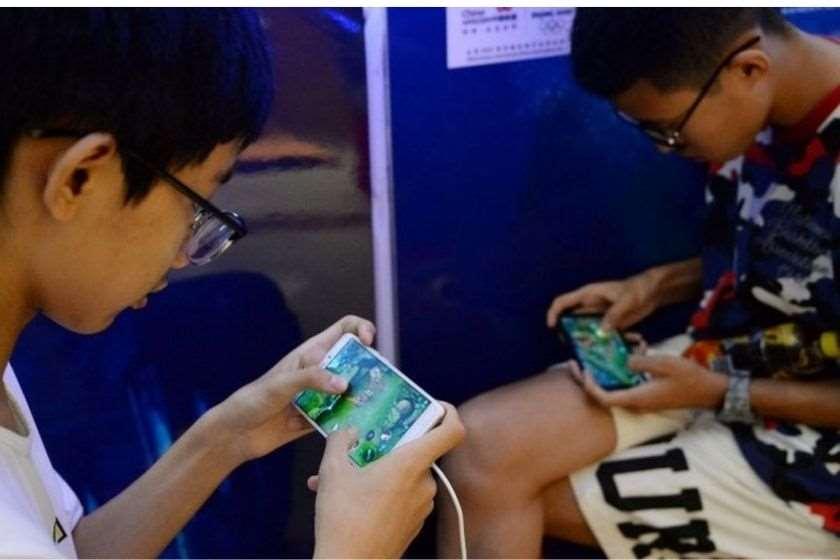 ჩინეთში ბავშვებს სამუშაო დღეებში ონლაინ-პლატფორმებზე თამაში აუკრძალეს🎮